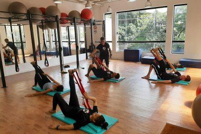 Exercícios no verão: mais do que água, estação pede atenção com respiração e postura